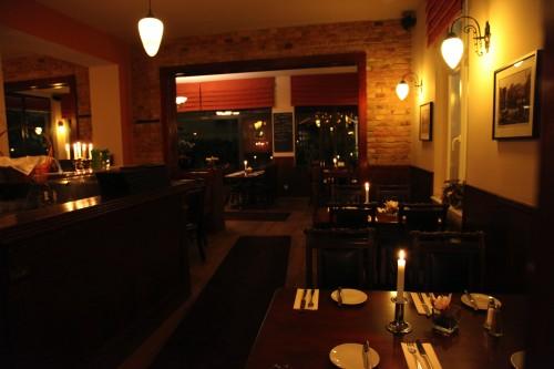 restaurant-zehlendorf-wirtshaus-zehlendorfer-hof-bei-nacht-bild-4.jpg