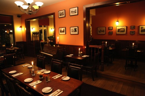 restaurant-zehlendorf-wirtshaus-zehlendorfer-hof-bei-nacht-bild-7.jpg