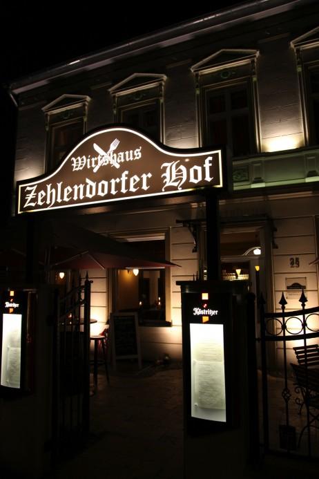 restaurant-zehlendorf-wirtshaus-zehlendorfer-hof-bei-nacht